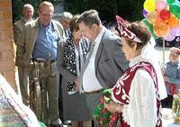 http://kavicom.ru/uploads/sub/15a37277_110809_polyana.jpg