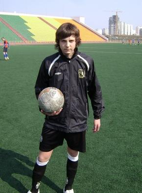http://kavicom.ru/uploads/sub/83bfb812_David_Pochisvili_(9).JPG